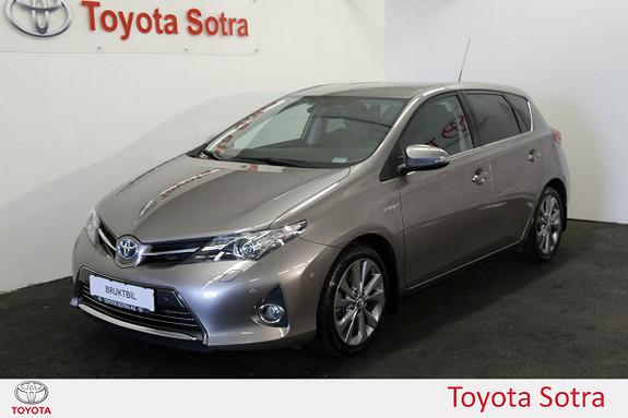 Toyota Auris 1,8 Hybrid E-CVT Executive  2013, 60600 km, kr 209000,-