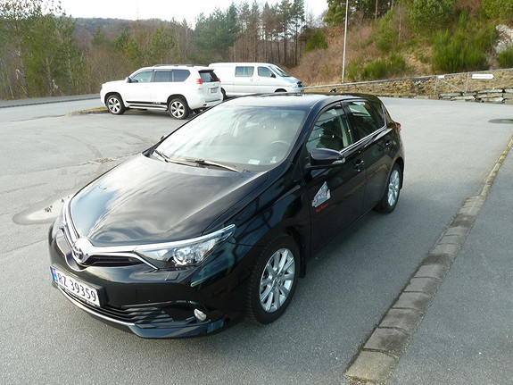 Toyota Auris 1,2 Turbo Active Safety Sense & DAB+  2016, 14 041 km, kr 239 000,-