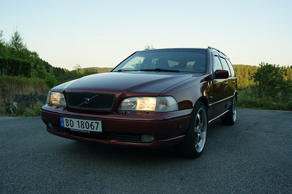 Volvo V70 2,4 S 2000, 315000 km, kr 21569,-