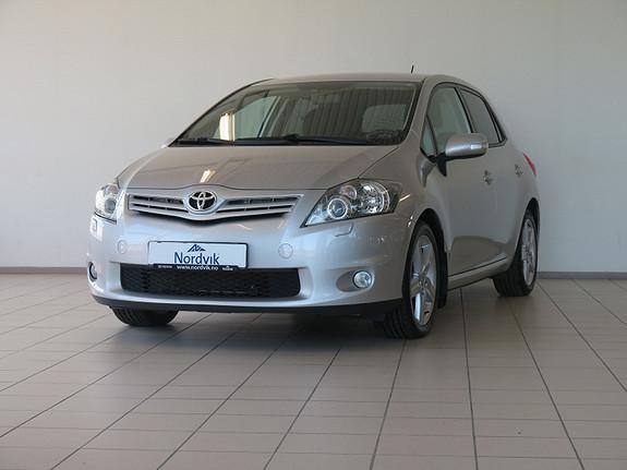 Toyota Auris 1,4 D-4D (DPF) Kuro S-Edition  2011, 104500 km, kr 119000,-