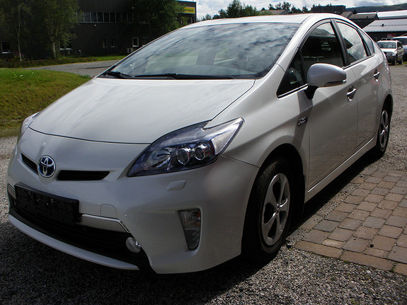 Toyota Prius 1,8 VVT-i Plug-in Hybrid Advance  2013, 63685 km, kr 209000,-