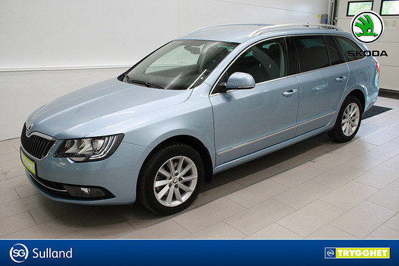 Skoda Superb 2,0 TDI 140hk 4x4 Ambition Business DAB+,cruise,skinn,