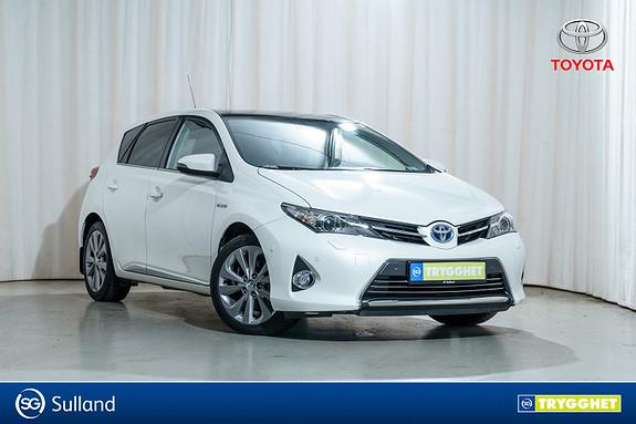 Toyota Auris 1,8 Hybrid Executive HSD