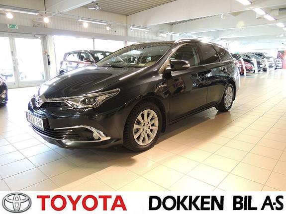 Toyota Auris 1,8 Hybrid E-CVT Executive  2015, 56000 km, kr 239000,-