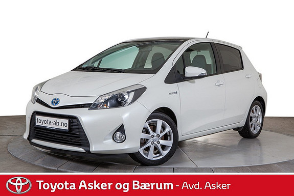 Toyota Yaris 1,5 Hybrid Style TOPP UTGAVE, NAVI, GLASSTAK, RENTEKAMP  2012, 46300 km, kr 147000,-