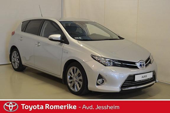 Toyota Auris 1,8 Hybrid Executive HSD Delskinn, parkeringssensorer  2014, 58400 km, kr 209000,-