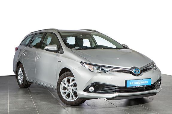 Toyota Auris 1,8 Hybrid E-CVT Active 136 hk, DAB+, navigasjon,  2016, 35100 km, kr 259900,-
