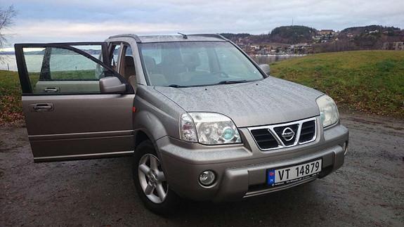 Nissan X-Trail 2003, 350000 km, kr 11569,-