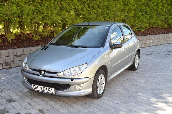 Peugeot 206 2005, 46300 km, kr 35000,-