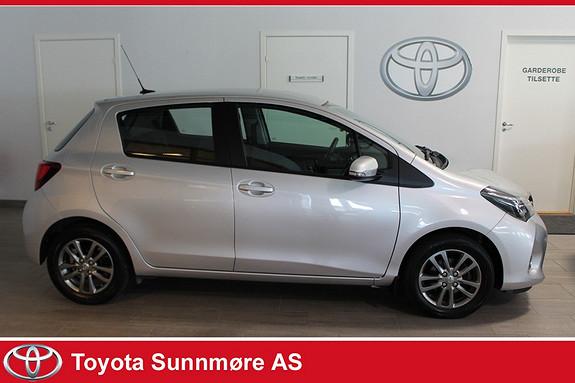 Toyota Yaris 1,33 Active S **VELHOLDT**DAB+**NAVI**LAV KM**NYBILGARA  2015, 15000 km, kr 149000,-