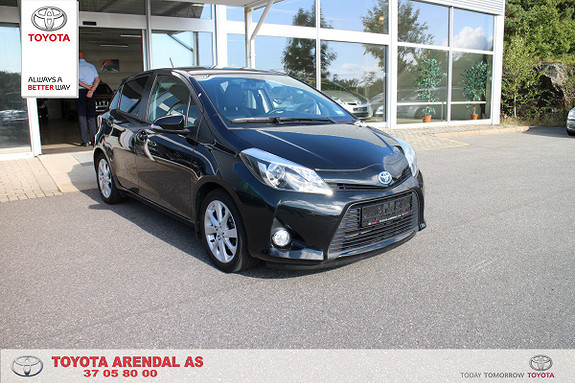 Toyota Yaris 1,5 Hybrid Style e-CVT Style, auto lys, delskinn, +++  2014, 38000 km, kr 169000,-