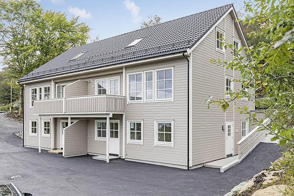 Florvåg / Erdal - Flott nyoppørt bolig med 6 soverom, 2 bad og 2 stuer - Perfekt for storfamilie - Lav dok. avgift