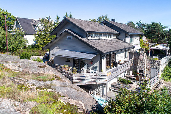 Delt bolig, fritt og usjenert beliggende - Bjølstadfjellet