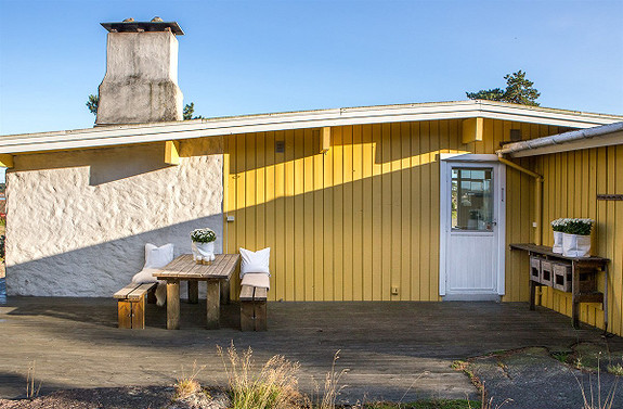 Stilig hytte fra 60-tallet, nær vannet - Båtplass og bilvei helt frem - Spjærøy, Hvaler