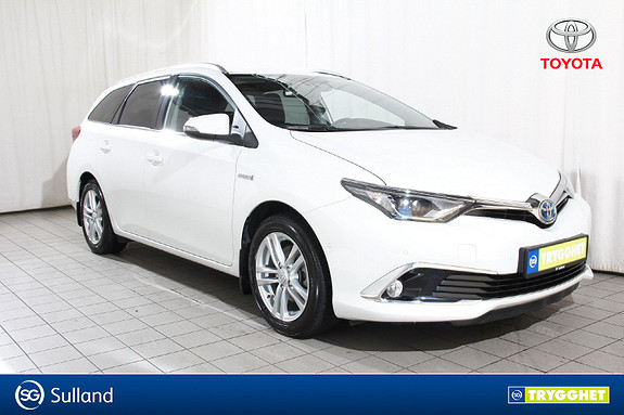 Toyota Auris Touring Sports 1,8 Hybrid Executive TSS-BiLED-Navi-BT