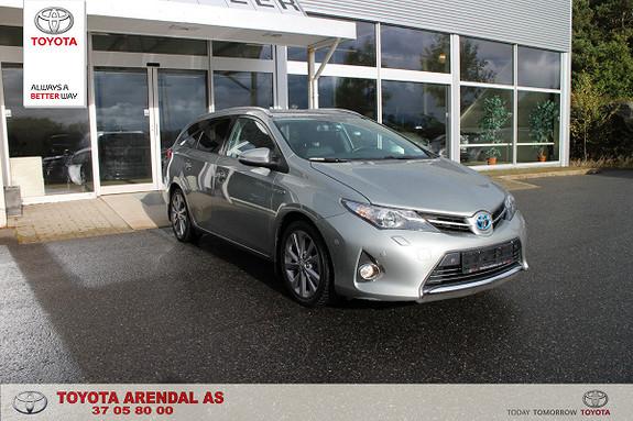 Toyota Auris 1,8 Hybrid E-CVT Executive Pen og hel hybrid stv  2013, 68000 km, kr 199000,-