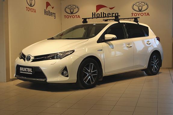 Toyota Auris 1,8 Hybrid E-CVT Active+ Hengerfeste, Xenon, Navi, Rygg  2015, 50132 km, kr 235000,-
