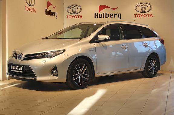Toyota Auris 1,8 Hybrid E-CVT Active+ Navi, Ryggekamera, Xenon, Blue  2015, 27750 km, kr 249000,-
