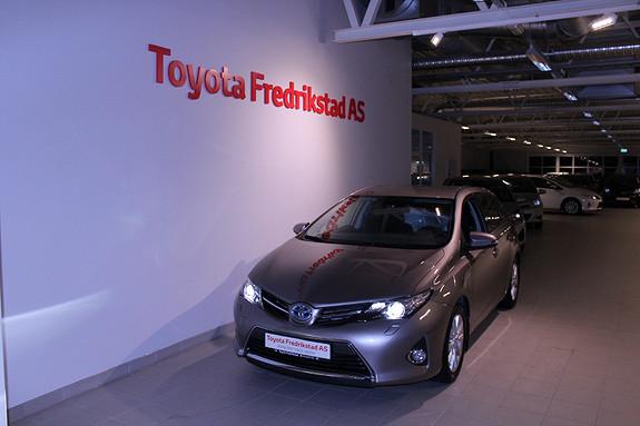 Toyota Auris 1,8 Hybrid E-CVT Active+  2015, 16392 km, kr 219000,-