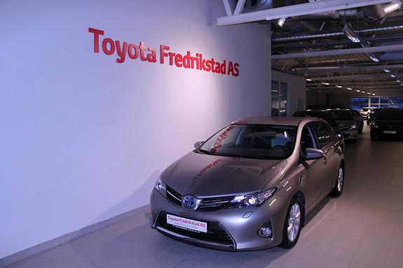 Toyota Auris 1,8 Hybrid E-CVT Active  2014, 28852 km, kr 199000,-