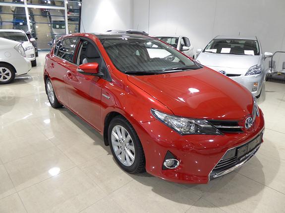 Toyota Auris 1,8 Hybrid E-CVT Executive m/DAB+ og Navigasjon  2014, 57498 km, kr 199000,-