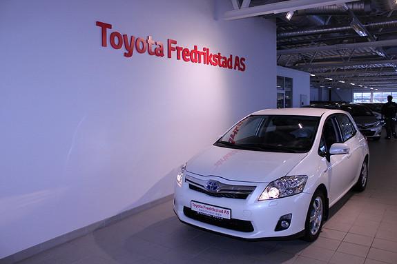 Toyota Auris 1,8 Hybrid Advance HSD  2011, 85000 km, kr 139000,-