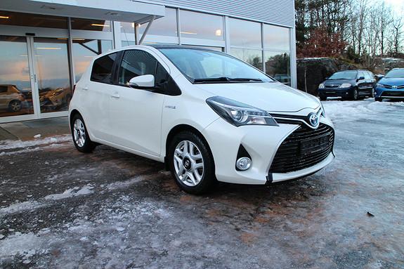 Toyota Yaris 1,5 Hybrid Style e-CVT  2015, 29600 km, kr 189000,-
