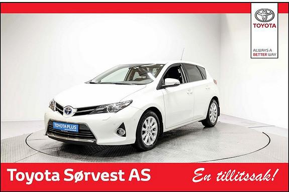 Toyota Auris 1,8 Hybrid E-CVT Executive Toppmodell selges rimelig!  2014, 63665 km, kr 189000,-