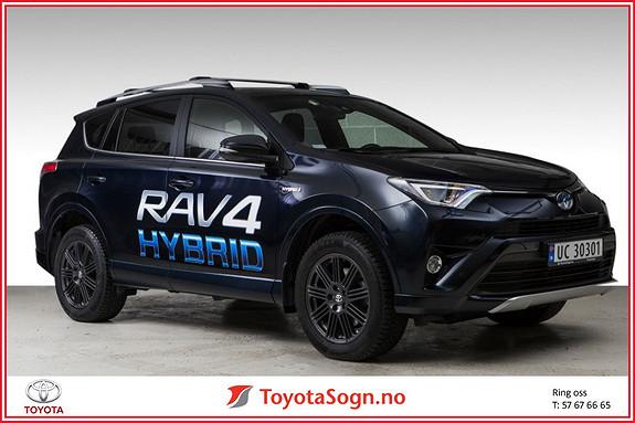 Toyota RAV4 Hybrid AWD Active Style Blue-Edition  2017, 13000 km, kr 439000,-
