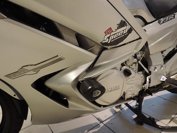 Bilbilde: Yamaha FJR 1300 AE 6 tr kasse