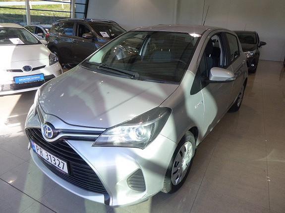Toyota Yaris 1,5 Hybrid Active e-CVT  2015, 56542 km, kr 179000,-