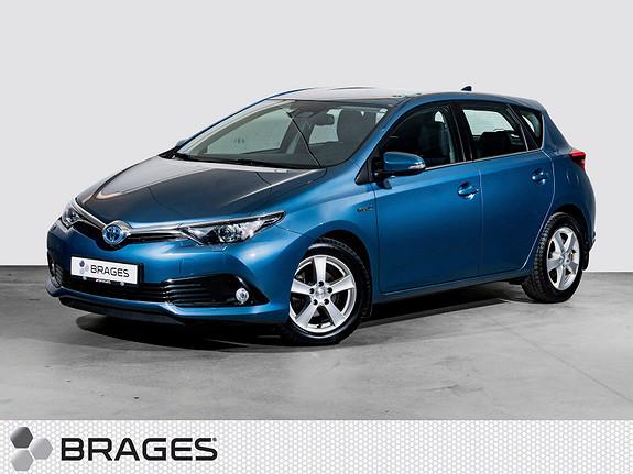 Toyota Auris 1,8 Hybrid E-CVT Active S Navi, Cruise, R.kam, DAB+  2017, 45300 km, kr 259000,-