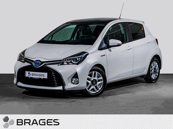Toyota Yaris 1,5 Hybrid Style e-CVT Navi, DAB+, Panorama, SafetySens  2015, 39700 km, kr 185000,-