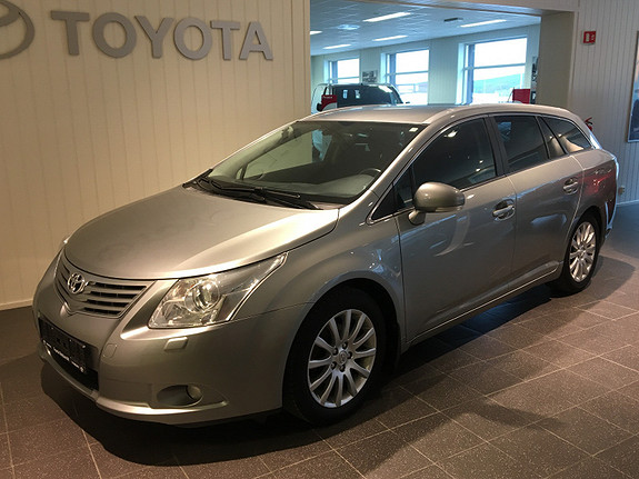 Toyota Avensis 2,0 D-4D DPF 126hk Executive HENGERFESTE/DAB  2010, 162663 km, kr 110000,-