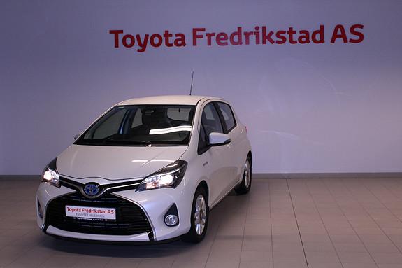 Toyota Yaris 1,5 Hybrid Active e-CVT  2015, 33700 km, kr 169000,-