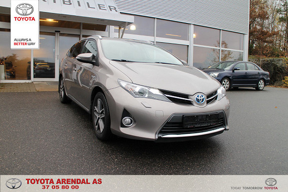 Toyota Auris Touring Sports 1,8 Hybrid Active+  2015, 71400 km, kr 199000,-