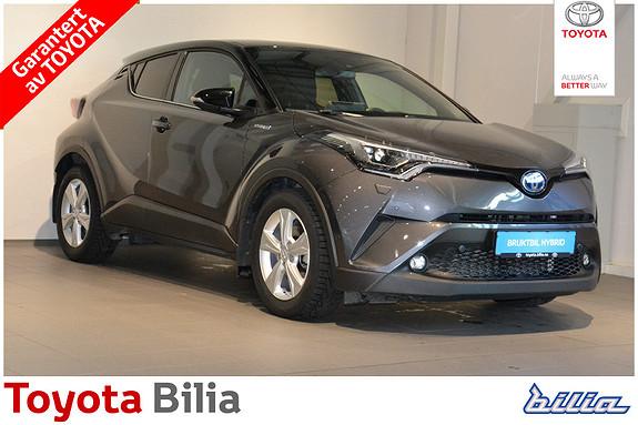 Toyota C-HR 1,8i Hybrid Lounge Tech 2 farget, sort tak,  2018, 8700 km, kr 339000,-