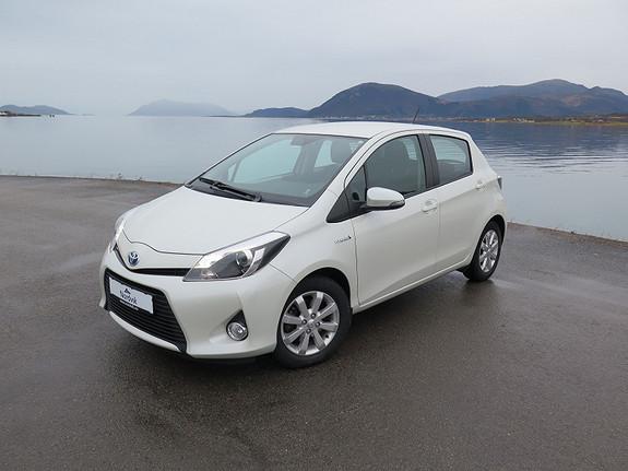 Toyota Yaris 1,5 Hybrid Active e-CVT  2014, 42470 km, kr 179000,-