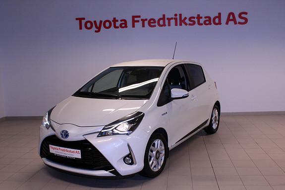 Toyota Yaris 1,5 Hybrid Active Go e-CVT aut  2017, 14700 km, kr 219000,-