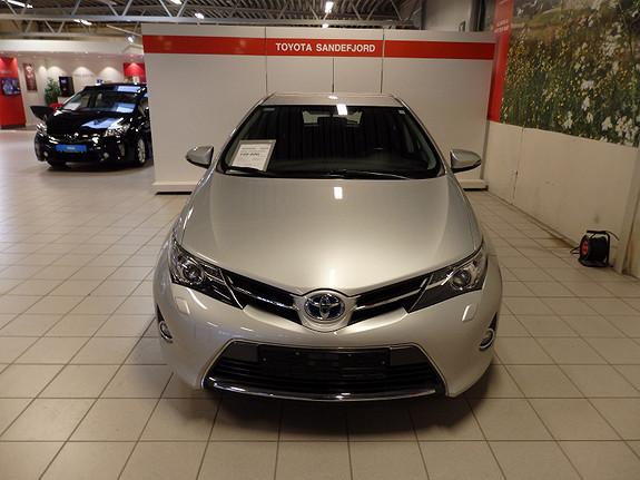 Toyota Auris 1.8 Active Hybrid  2013, 52000 km, kr 159000,-