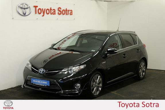 Toyota Auris 1,8 Hybrid E-CVT Executive KOMPLETT STYLING MÅ SEES  2013, 60900 km, kr 189000,-
