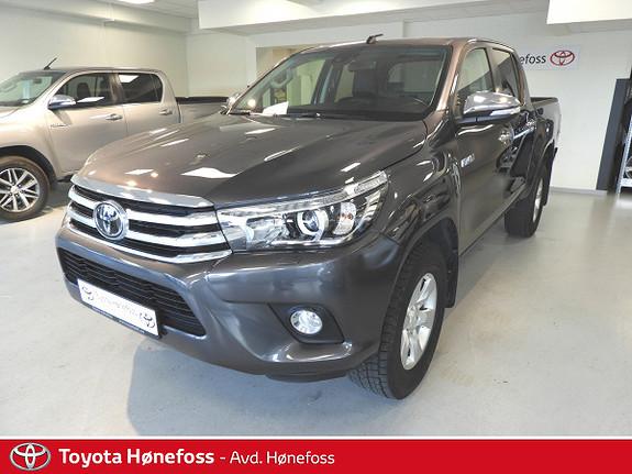 Toyota HiLux D-4D 150hk D-Cab 4WD SR+ aut , hengerfeste, ryggek.++  2017, 18900 km, kr 398000,-