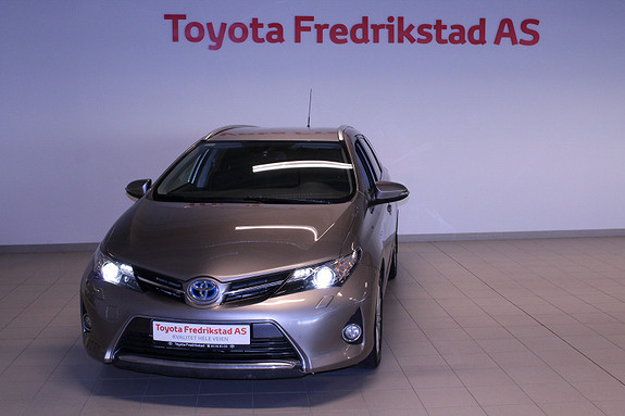 Toyota Auris Touring Sports 1,8 Hybrid Active+  2015, 52000 km, kr 199000,-