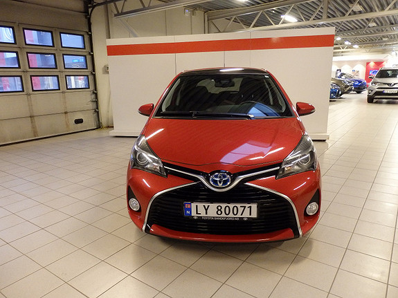 Toyota Yaris 1.5 Style Hybrid  2016, 38000 km, kr 199000,-