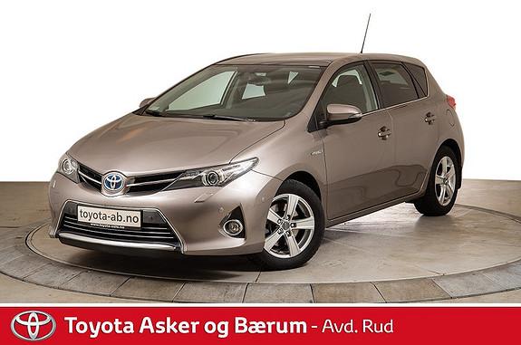 Toyota Auris 1,8 Hybrid E-CVT Executive  2014, 32653 km, kr 199000,-