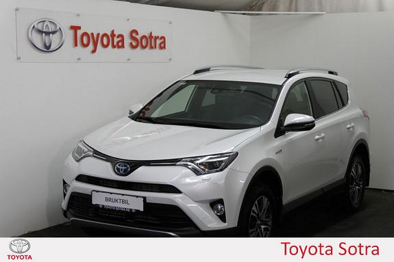 Toyota RAV4 Hybrid 2WD Active Style En eier  2017, 17479 km, kr 379000,-