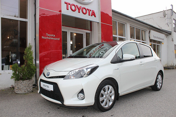 Toyota Yaris 1.5 Hybrid Style  2013, 34650 km, kr 149900,-