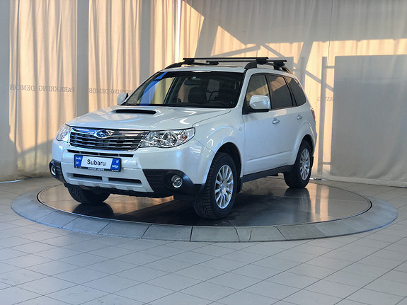 Subaru Forester 2.0D Premium nav.skinn.dab  2010, 125590 km, kr 144900,-