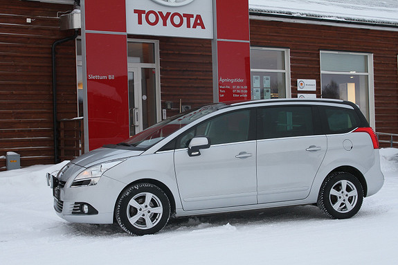 Peugeot 5008 1,6 Premium Pack HDi DPF 109 hk MOTORVARMER/EKSTRALYS  2010, 135105 km, kr 75000,-