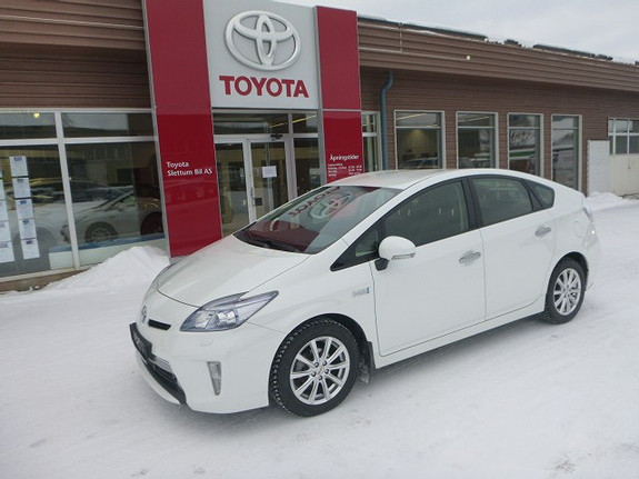 Toyota Prius 1,8 VVT-i Plug-in Hybrid Advance  2013, 63825 km, kr 199000,-
